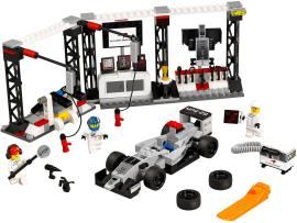 LEGO 75911 迈凯轮 梅赛德斯 停站